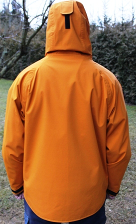 Hardshelljacke_orange_back
